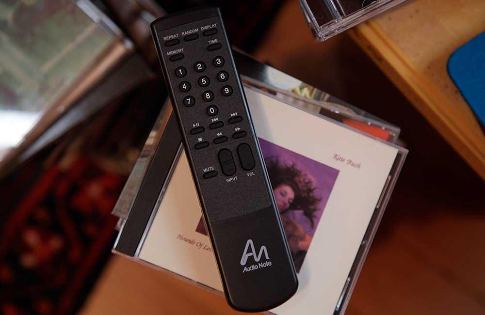 CD4x-1000px-Remote-1