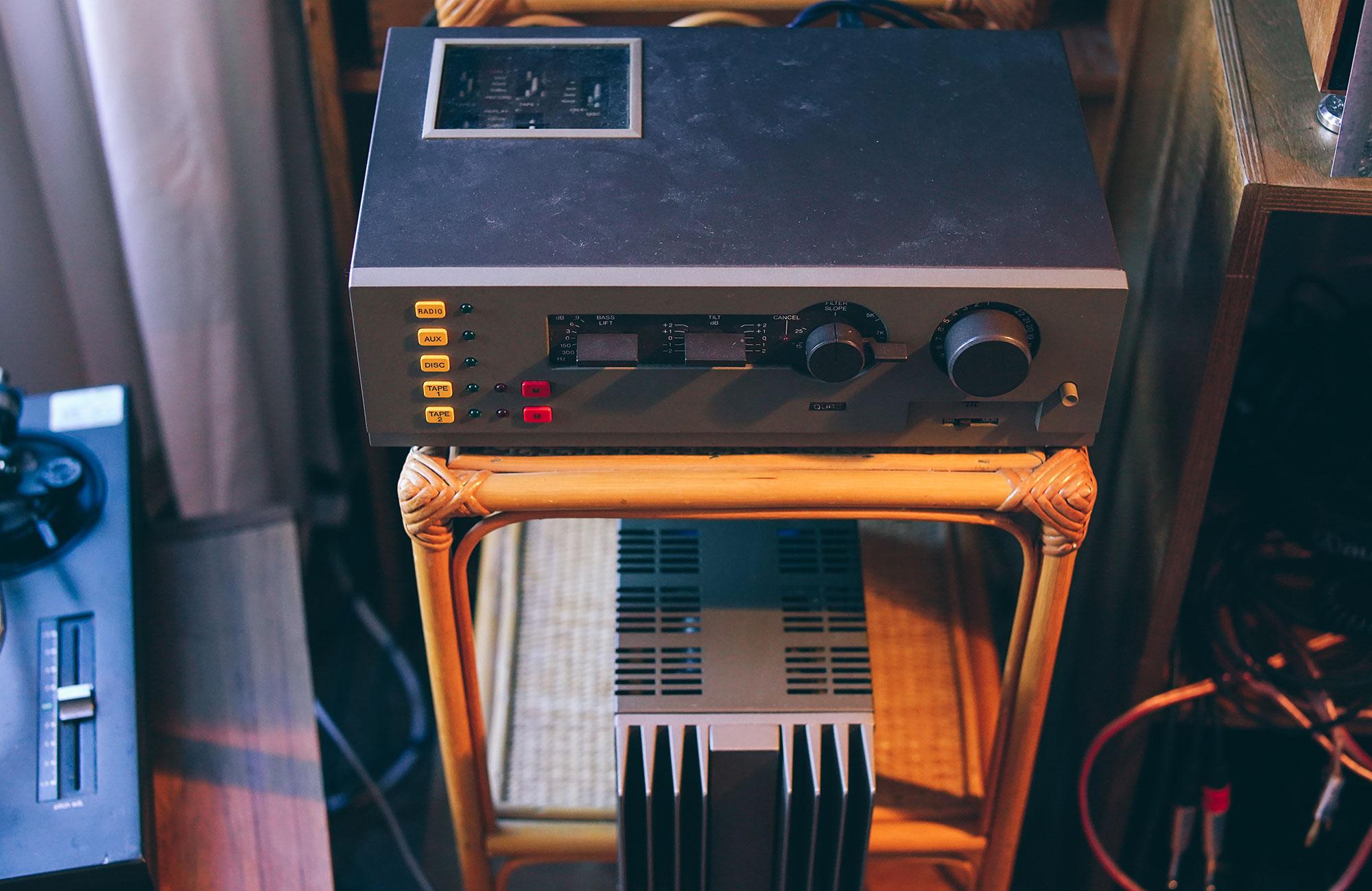 Donna-x-Resistor-Mag-2000px-Shoot7