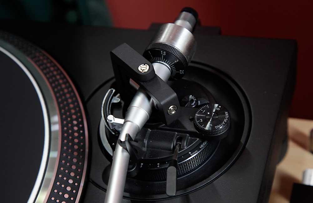 Technics-1200GR-1000px-6